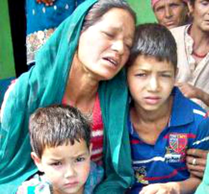 Wife and kids of deceased Havildar Prakash Chand at his village Siun in Himachal's Mandi district.