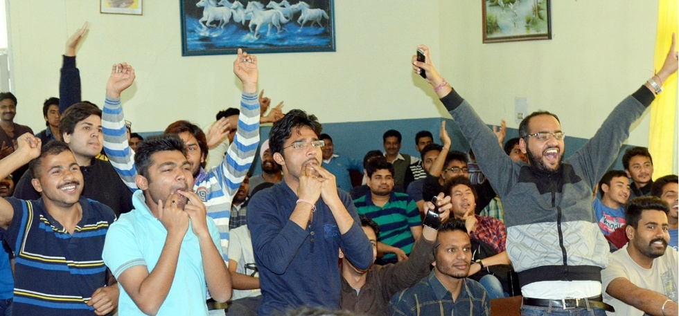 Health Benefits of Watching Cricket World Cup 2015 in Office