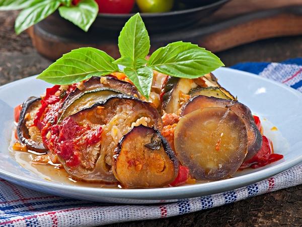 Microwave Recipe: Eggplant In Tomato Sauce