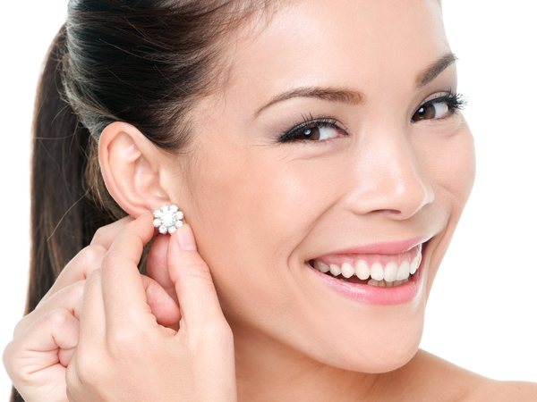How To Manage Ear Piercings