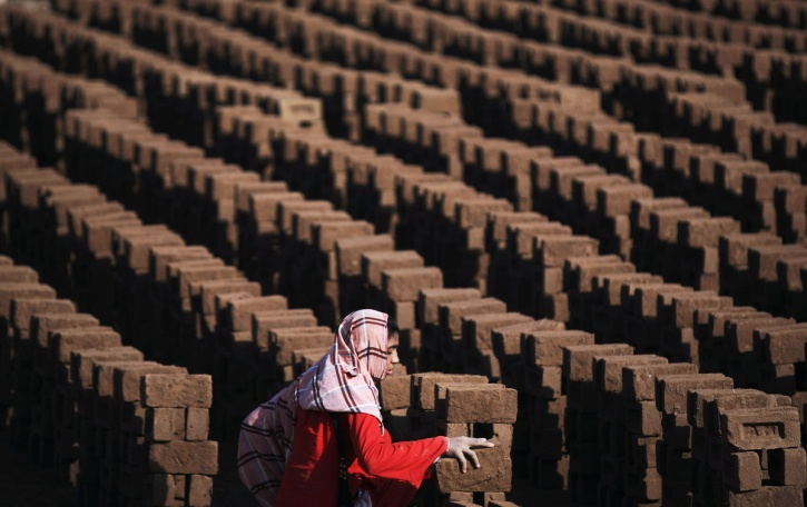 working woman pakistan