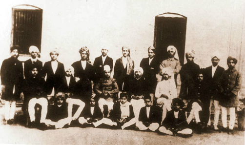 national college lahore, bhagat singh 4th from right