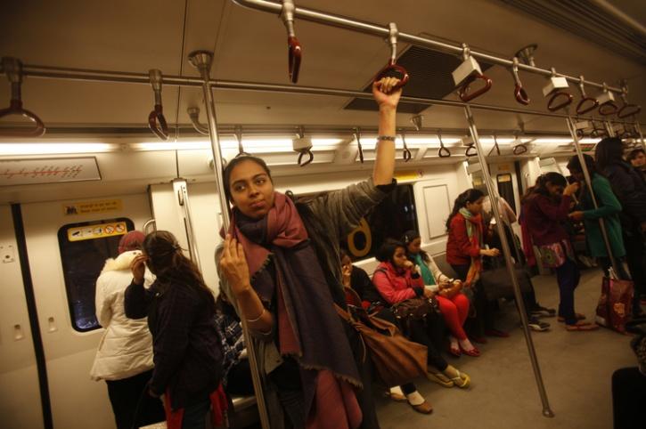 delhi metro women