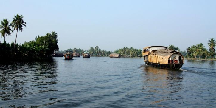 Allepy Backwaters Kerala