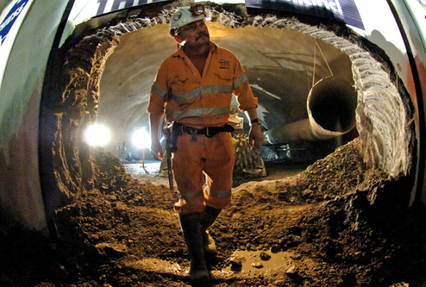 metro digging india