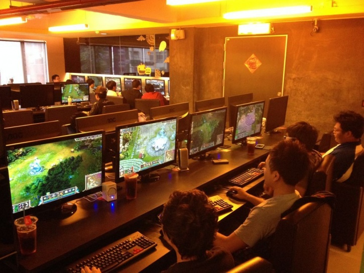 She Was Assumed Dead For 10 Years, This Woman Was Found In An Internet Cafe Playing Video Games