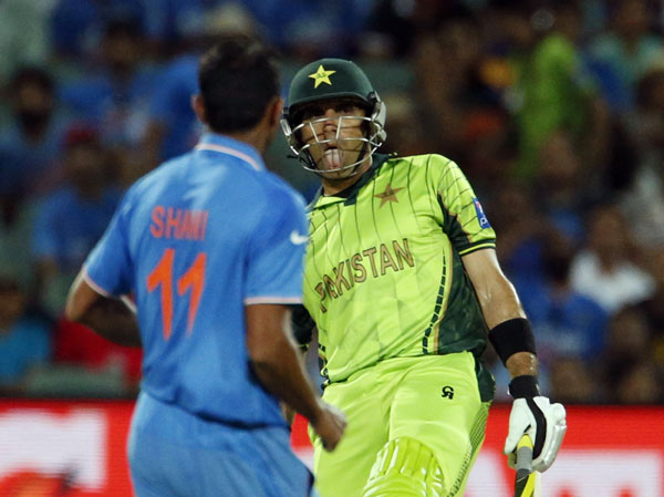Misbah facing Shami during 2015 World Cup