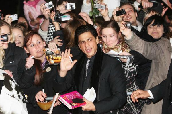 shah rukh khan fans around world