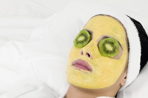Ways To Use Haldi For Great Skin