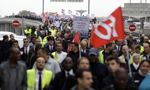 Air France cuts 2900 jobs