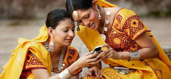 women internet phone india