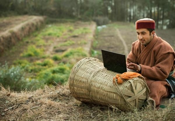 internet india penetration