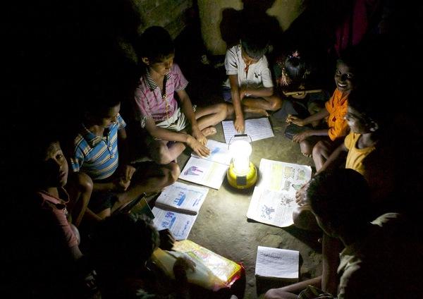 India kids studying