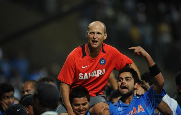 Gary Kirsten lifted up by Virat Kohli and Suresh Raina after winning the 2011 WC