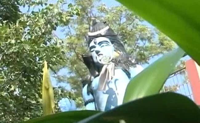 shiva statue at Mata Balasundari temple