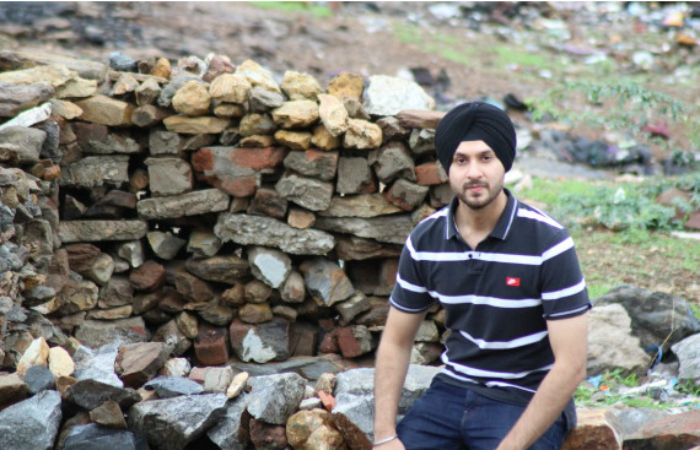 This 24-Year-Old NRI Has Just Helped Electrify A Disconnected Rajasthani Village