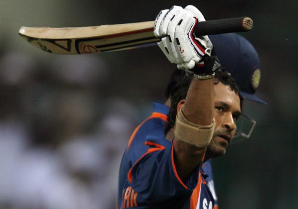 Sachin celebrates his ODI 200 vs South Africa