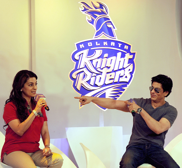 SRK with Juhi Chawla
