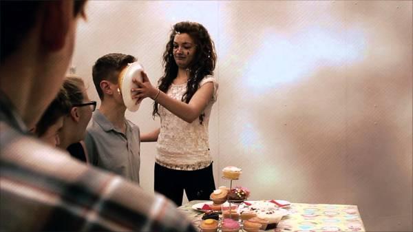 cake fight