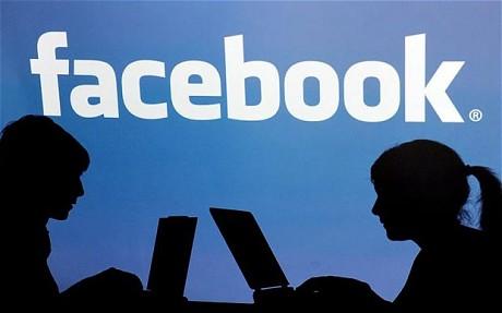 engineering student gets 200 school girls to send him nudes on facebook