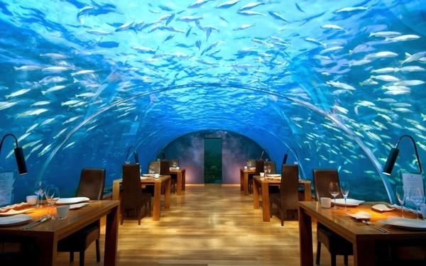 underwater_bar