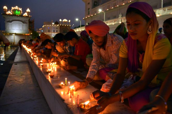 411th anniversary of the installation of Sri Guru Granth Sahib