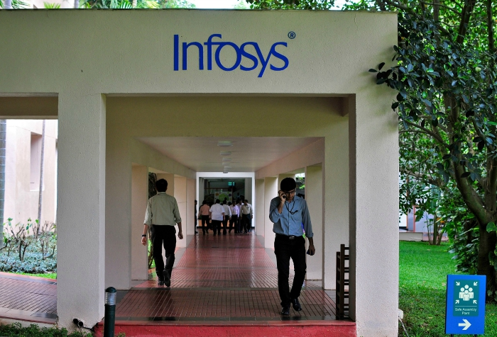 Infosys says goodbye to bell curve