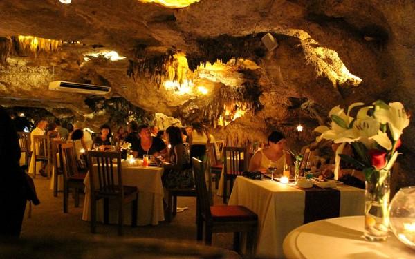 mexico bar cave