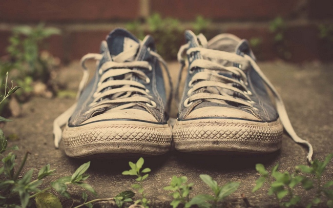 sportsneakers