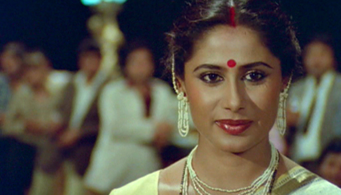 428780 smita patil new 1462020224