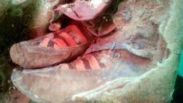 mummy wearing Adidas