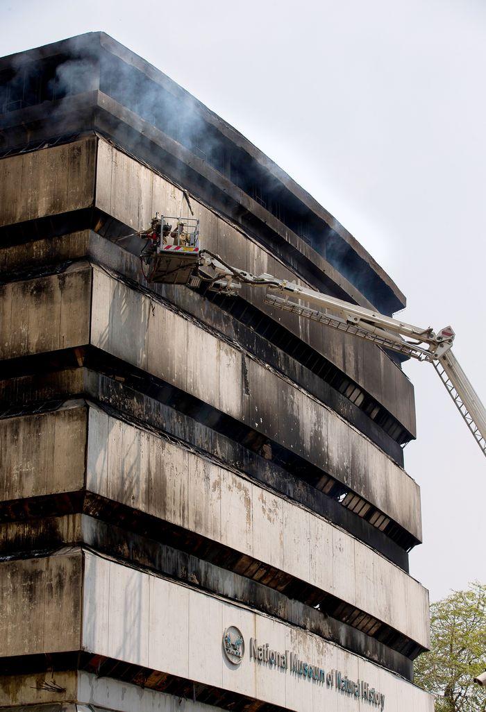Delhi fire services museum fire 4
