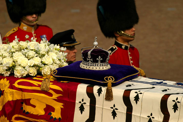 A Day After Telling The Court That Kohinoor Was A Gift And Not Stolen, Government Says Will Make Efforts To Bring It Back