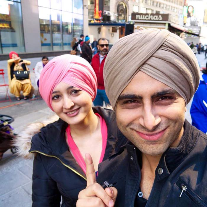 New Yorkers Line Up To Get Turban Experience On #WorldTubanDay