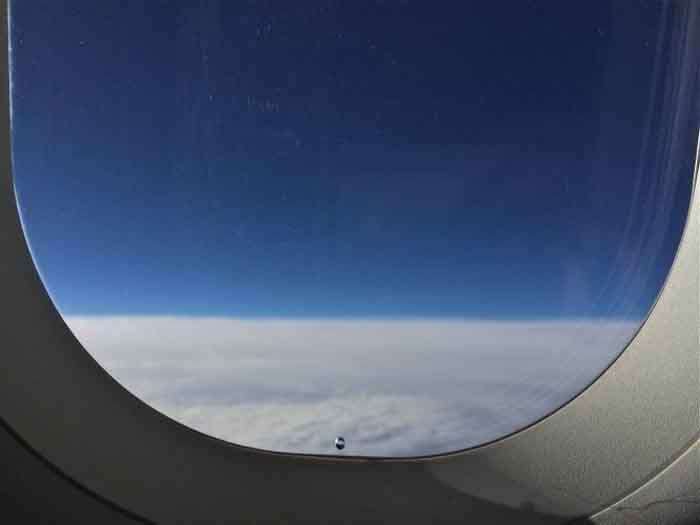 This Is Why Aeroplane Windows Have Tiny Holes