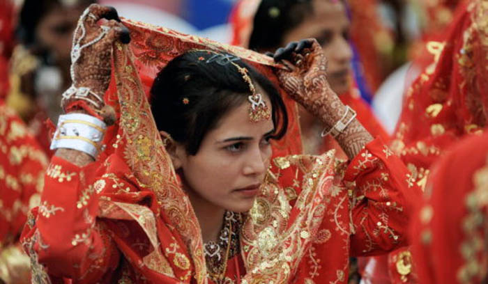 This Surat Businessman Is Planning Lavish Weddings For 100 Poor Girls