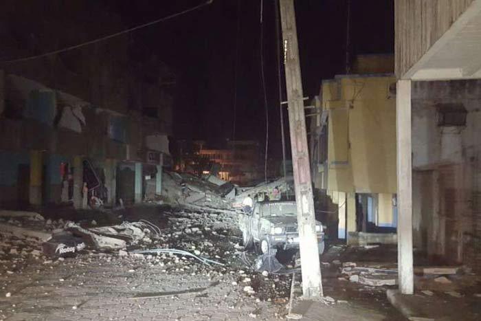 7.8 Magnitude Ecuador Earthquake Kills 28 Dead