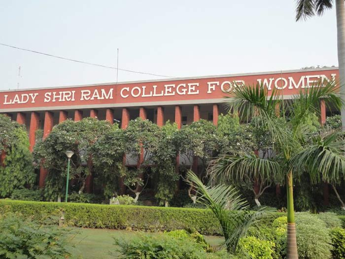 LSR girl bags Rs 1.4L internship