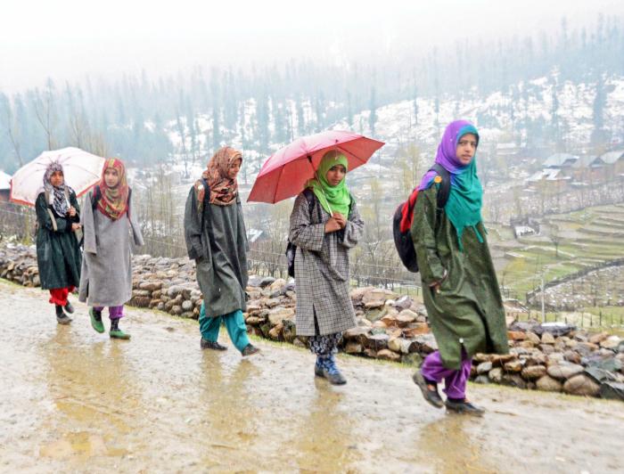 Kashmiri girls going to study (representational image)