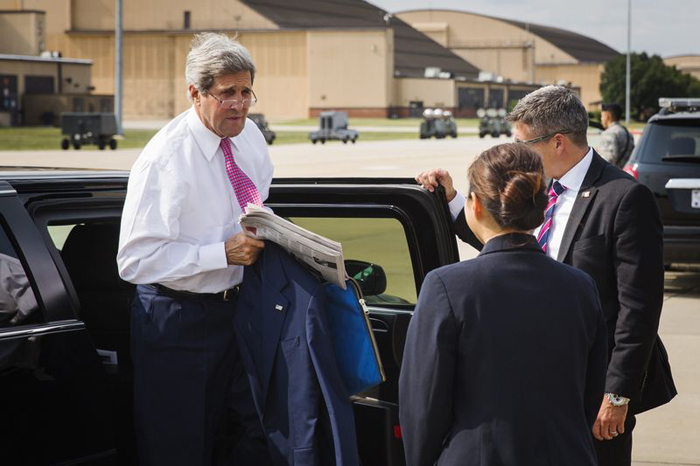 Have You Come Here In Boats, Kerry Asks IIT-Delhi Students, After Being Delayed By Rain
