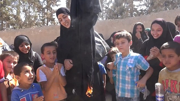 Men Cut Beards And Women Burn Burqas To Celebrate Freedom From ISIS