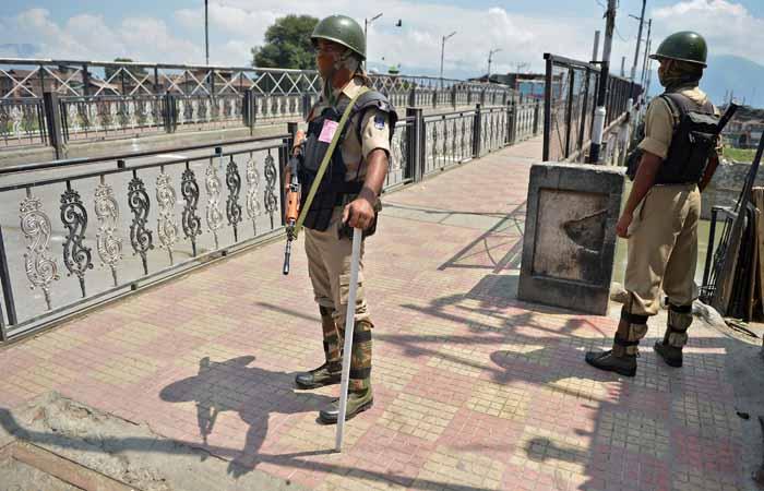 J&K CM Blames Modi Govt For Kashmir
