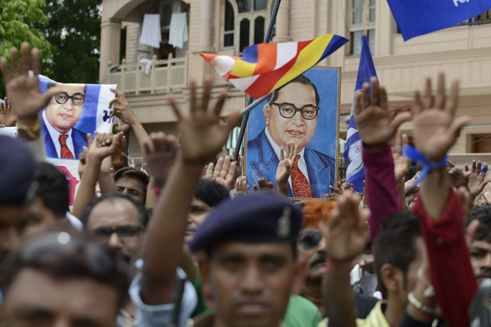 Dalits Pledge Not To Lift Animal Carcasses In Gujarat