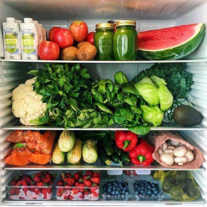 Deodorise your fridge