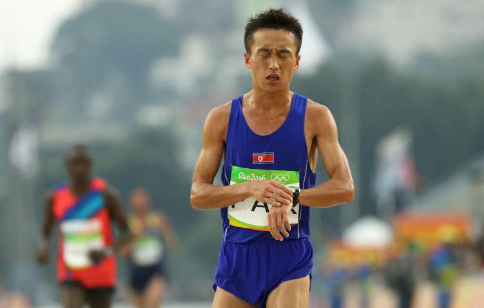 A North Korean marathoner
