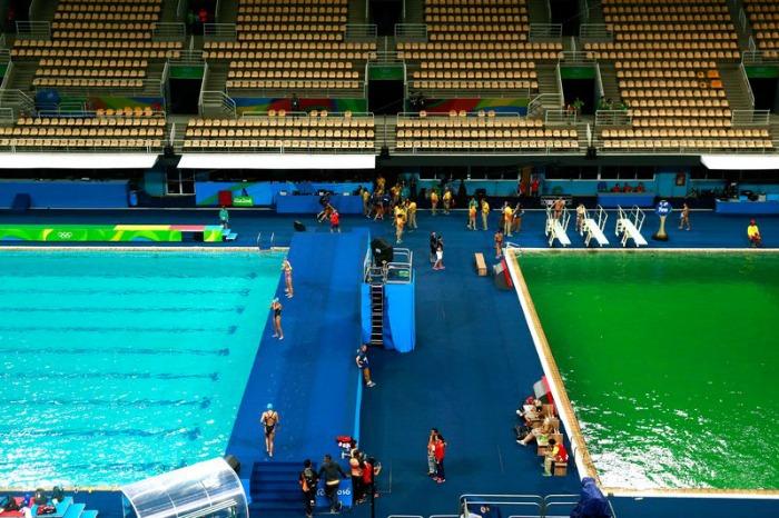 Diving pool Rio