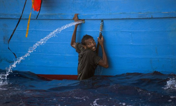 Refugees rescued off of Libyan coast