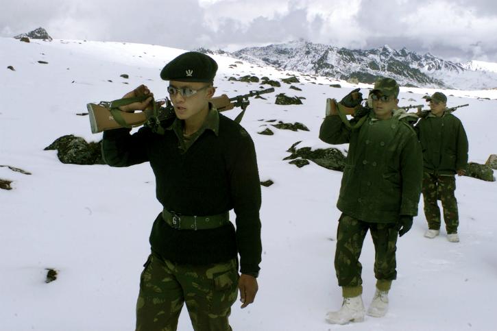Indian army patrol tawang