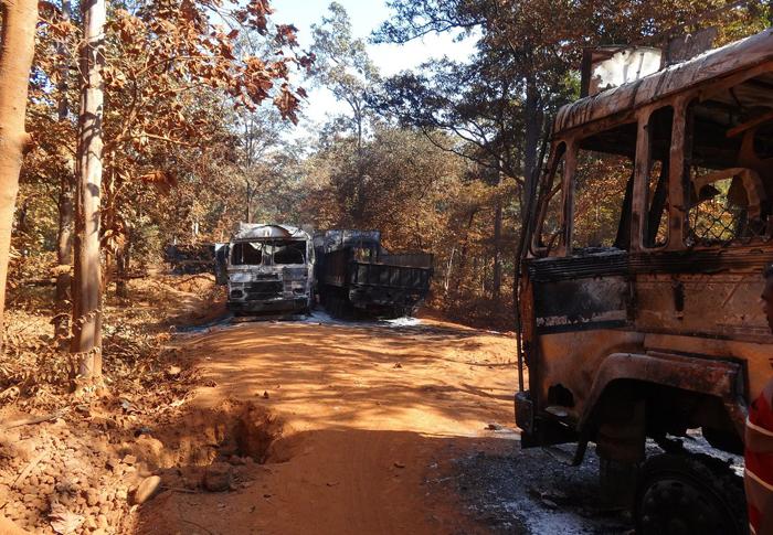 Maoists Torch Trucks