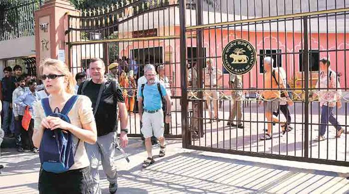 tourists not ban india